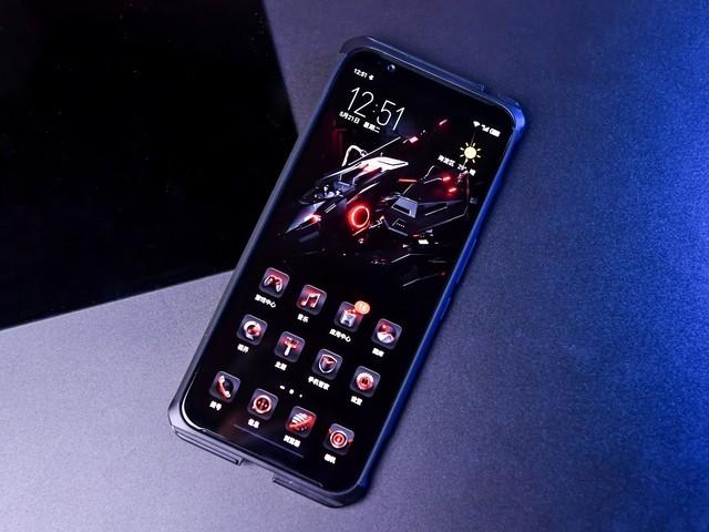 努比亚手机努比亚 红魔3(6GB/64GB/全网通)游戏手感不错的一款手机